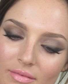 Jennifer Lawrence makeup tutorial - Beauty news - Missy Confidential