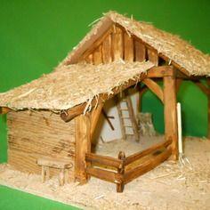 Crèche de noël en bois éclairée, avec appentis ,