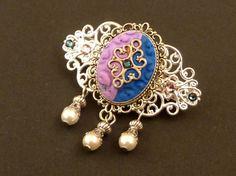 Kleine Ornament Haarspange in blau rosa silber von Schmucktruhe