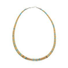 Collier Pueblo, Turquoises, Jais et Coquillage. Fermoir en argent. | Harpo Paris #colliersturquoise #navajo #pueblo #bijouxamérindiens