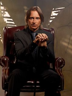 Might do gender-swap Mr. Gold for fanimae convention. I have the cane, my hair is Robert carlyle length, and I have a sexy man tie. All I need is a suit.