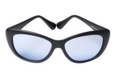 Anarchic, glamour and feminine.  The new cat eye model from Spektre