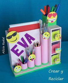 Diy Crafts Hacks, Diy Crafts For Gifts, Paper Crafts For Kids, Cardboard Crafts, Diy Home Crafts, Diy Arts And Crafts, Creative Crafts, Diy For Kids, Kids Crafts