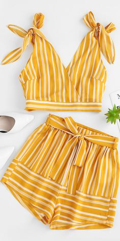 Dec 2019 - Occasion: Beach and Summer,Daily Style: Casual Fit Type: Loose Collar-line: Plunging Collar Sleeves Length: Sleeveless Material: Polyester Waist Type: High Closure Type: Elastic Waist Front Style: Flat Pattern Type: Striped Season: Summer Teen Fashion Outfits, Mode Outfits, Outfits For Teens, Girl Fashion, Girl Outfits, Cute Casual Outfits, Cute Summer Outfits, Pretty Outfits, Teenager Outfits