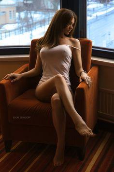 sxenips:  Big chair Find More at sxegirls.puresunshine.ca