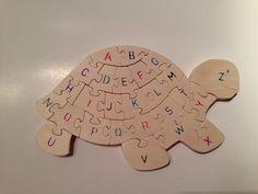 Puzzle tortue Alphabet en bois par NaturalKnotWood sur Etsy