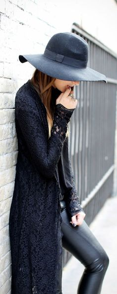 How To Combine Lace & Leather - Inspiration Looks & New Ideas (20)