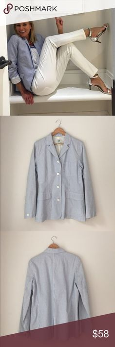 GAP Seersucker Cotton Blazer Size 14 Gorgeous bluish/gray seersucker blazer by GAP. 100% cotton. Size 14. EUC. GAP Jackets & Coats Blazers