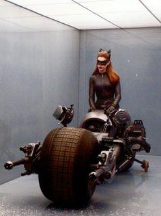 Batman The Dark Knight, Batman And Superman, Anne Hathaway Catwoman, Batman Universe, The Darkest, Tumblr, Superhero, Movies, Films