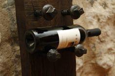 botellero de viga de madera antigua