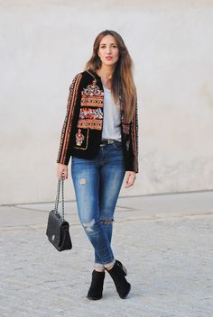 Velvet jacket. http://www.fashion-south.com/2015/11/velvet-jacket.html