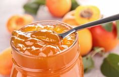 Apricot jam with thermomix Are you looking for the recipe of apricot jam thermomix? A delicious jam to spread your bread during breakfast and taste. A recipe so easy to make with your thermomix by lionelallain Edible Christmas Gifts, Sweet Recipes, Healthy Recipes, How To Make Jam, Clotted Cream, Summer Fruit, Food Blogs, Chutney, Sweet Treats