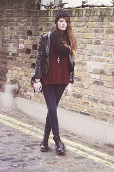Get this look (sweater, scarf, boots, hat) http://kalei.do/WjwxKeR3UeaSMKt9