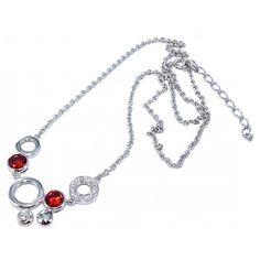Succombez pour l'originalité et l'élégance ce magnifique collier en argent rhodié 925. Son design, hautement travaillé par nos talentueux créateurs à l'aide de pierres en oxyde de zirconium saura vous charmer et apporter un atout supplémentaire incontestable d'élégance et d'originalité à votre style.