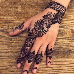 Henna @hennabynayalesh