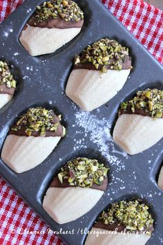 Vanilla Madeleines Chocolate and Pistachio Dip #vegan #glutenfree