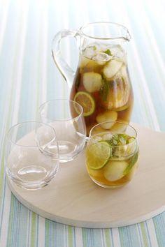 Lychee and earl grey iced tea & Lychee iced tea <---- got a whole tin of loose leaf earl grey x)