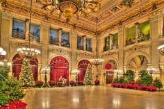 Want to go to Newport again - this time at Christmas...The Great Hall at one of Newport's most opulent mansions, the Breakers - Traditional Home®