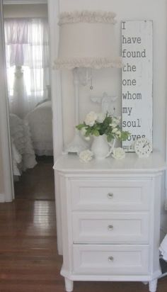 Savvy Southern Style: My Favorite Room.....Junk Chic Cottage