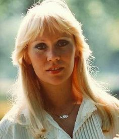 Gabó olvas: Agnetha 65 - Respect! Top 40 Songs, Fantasy Love, 60s Music, First Crush, Greatest Songs, The Most Beautiful Girl, Look Alike, My Favorite Music, Belle Photo