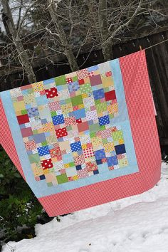 Picnic Quilt from Freda's Hive Tutorial over at the Sew Scraps Along at Pleasant Home