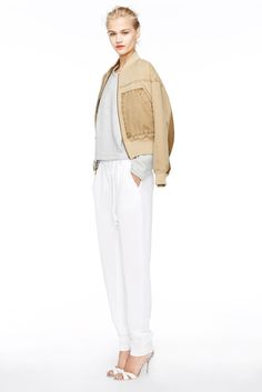 [J.Crew - Spring 2015 RTW] White slouchy joggers, another thing to keep my eye out for. Even better that they are full length!