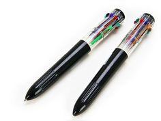 A caneta de 12 cores.