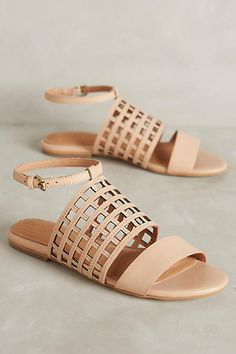 these corso como caged sandals are everything I've ever wanted from a minimal summer shoe - get even more style and shopping inspiration on http://jojotastic.com/shop-my-favorites/