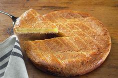 Le gâteau basque au Thermomix, une recette délicieuse et inratable issue du celle du chef Pierre Hermé. Un délice à réaliser au TM5 ou au TM31 :)