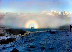 Foto de una gloria y un espectro de Brocken desde Suiza – El Universo Hoy
