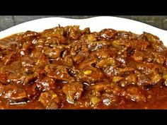 Chicken Gizzards in Sauce - Delicious Andalusian Recipe Spanish Tapas, Spanish Food, Guisado Recipe, Gizzards Recipe, Chicken Gizzards, Pollo Guisado, Spanish Chicken, Mexican Food Recipes, Ethnic Recipes