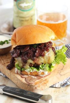 Inspired by the classic French stew, this burger recipe has bold, rich flavors and is perfect for grilling season. | @suburbansoapbox #BurgerMonth2015