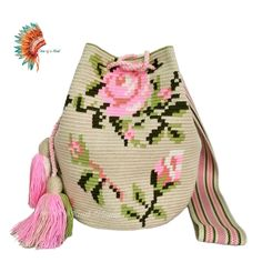 VK is the largest European social network with more than 100 million active users. Crochet Crafts, Crochet Projects, Knit Crochet, Crotchet Bags, Knitted Bags, Mochila Crochet, Tapestry Crochet Patterns, Tapestry Bag, Clutch