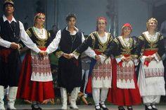 traditional greek dances - Google Search Greek Traditional Dress, Traditional Outfits, Greek Dancing, Greece Today, Greek Dress, Greek Clothing, People Of The World, Crete, Beautiful Islands