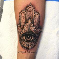 Hamsa (Die Hand der Fatima) Tattoo - Bedeutung & 30 Ideen