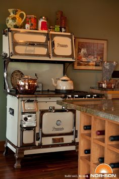What a fine antique stove on feet & gas burners w/ a griddle. Antique Kitchen Stoves, Antique Wood Stove, Old Kitchen, Country Kitchen, Vintage Kitchen, Kitchen Dining, Kitchen Decor, Wood Burning Cook Stove, Wood Stove Cooking