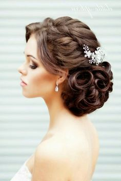 romantic updos wedding hairstles with curls for long hair elegant hairstyles for wedding
