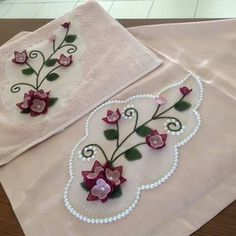 İğne oyası modelleri motif Ribbon Embroidery, Embroidery Stitches, Needle Lace, Couture, Doilies, Decoupage, Diy And Crafts, Bridal, Sewing