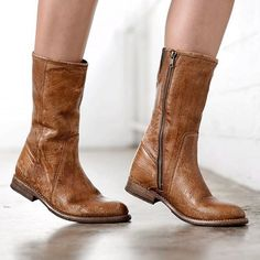 Obey the urge to take to the street and unleash your style. ANNETTE is a mid calf boot, with clean lines that will let your personality come through.