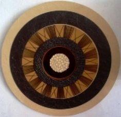mandala marrom com miçangas mandala tela algodão,fios,aros mdf textura,jacarelado