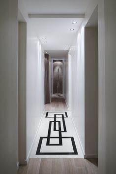 1000 images about interiors corridors on pinterest - Decoration couloir long et etroit ...