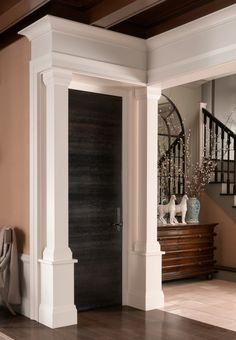 The Rift Cut Horizontal Grain Of This Solid White Oak Door Echoes Lineal