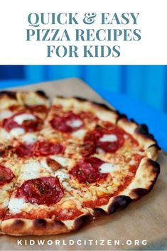 Our best quick and easy Italian pizza recipe to make with kids: includes dough recipe, toppings ideas and party games ideas recipes for kids Easy Pizza Recipe For Kids, Kids Pizza, Pizza Pizza, Make Ahead Meals, Kids Meals, Pizza Recipes, Real Food Recipes, Dinner Recipes, Italian Pizza Toppings