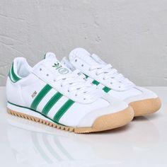 check out 65435 f5fae Zapatos De Fútbol, Zapatillas Hombre, Calzado Hombre, Chaqueta De Cuero,  Zapatillas Adidas