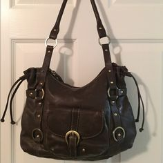 Amazing Michael Rome Brown Leather Shoulder Bag Beautiful bag!!  Zip closure.  Front pocket.  Bag zip pocket.  3 interior pockets (1 zips).  Measures: 13x1.5x11x11.5. Great condition. Michael Rome Bags Shoulder Bags