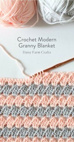 If you're ready to give crochet a try, we've got you covered. We've found 18 easy crochet stitches you can use for any project to get you started. Once you've learned a few basic stitches, you can tackle any simple crochet projects with ease. Bag Crochet, Love Crochet, Crochet Granny, Baby Blanket Crochet, Crochet Crafts, Crochet Blankets, Baby Blankets, Crochet Squares, Beautiful Crochet