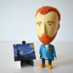 "Boneco Van Gogh com orelha removível ""Today Is Art Day"""