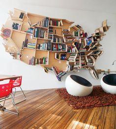 Estante de livros inspirada nos EUA// mapas