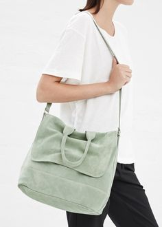 clyde suede tote bag in mint.