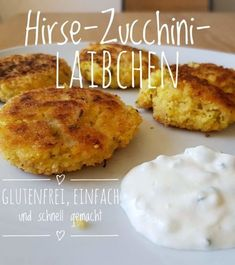 Recipe: millet zucchini loaf - quick, easy and gluten Rezept: Hirse-Zucchini-Laibchen – schnell, einfach und glutenfrei Recipe: millet zucchini patties – quick, easy and gluten-free - Raw Food Recipes, Low Carb Recipes, Vegetarian Recipes, Healthy Recipes, Zucchini Patties, Homemade Burgers, Good Food, Yummy Food, Homemade Baby Foods
